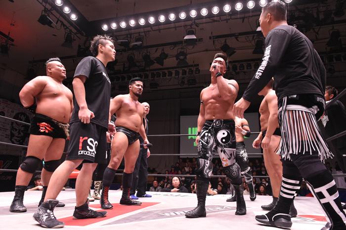 "W-1: ""Wrestle-1 Tour 2018 Autumn Bout"" La traición de Yoshioka 7"
